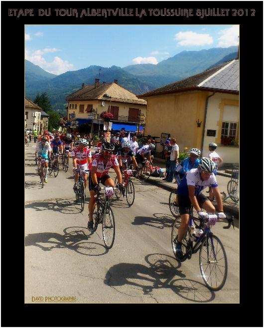 1__vie_commune__david__0712__une course de vélos en juillet 2012