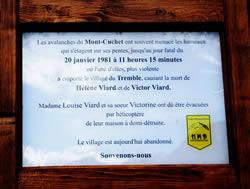 plaque avalanche 1981 Saint Etienne de Cuines