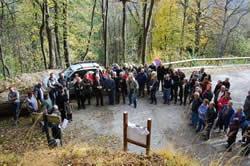 photo rassemblement en mémoire des victimes de l'avalanche Saint Etienne de Cuines