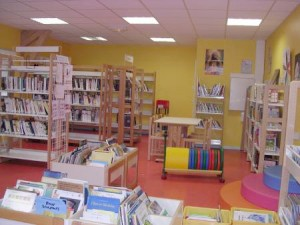 photo bibliothèque Saint Etienne de Cuines