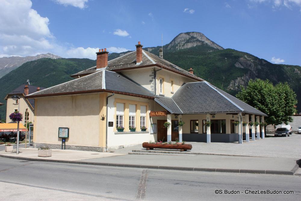 photo mairie de Saint Etienne de Cuines 73130
