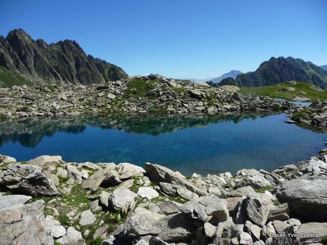 1__montagne__JYT__0712__Magnifique Lac du Bacheux