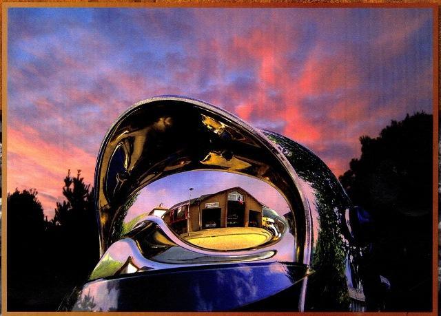 1__vie_commune__sapeurs-pompiers____vue caserne dans casque Pompiers