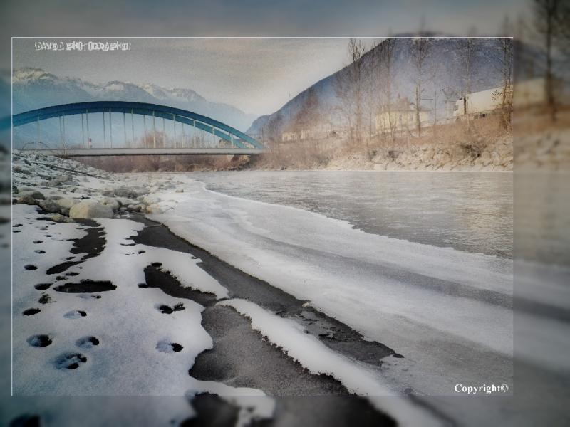 1__village__david demiere__0212__rive de l'arc gelé