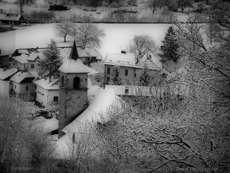 1__village__david__0112__église vue d'en haut