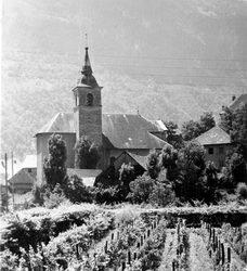 photo N&B église Saint Etienne de Cuines
