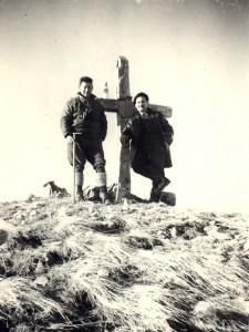 photo N&B croix du Cuchet Saint Etienne de Cuines